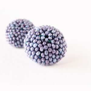 orecchini a bottone lavanda blu